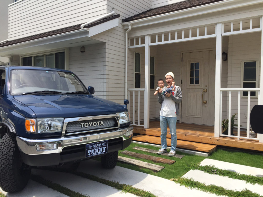 横須賀にアーリーアメリカンな家を建て、この家の外観に似合う車が欲しいと思っていました。