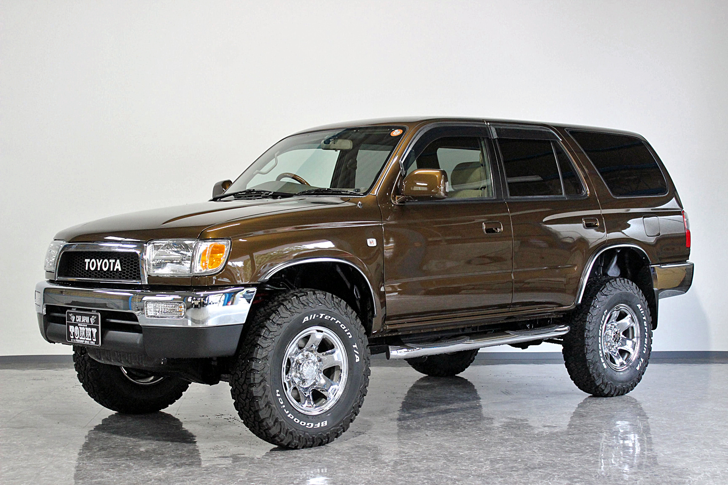 Hilux surf narrow style brown body