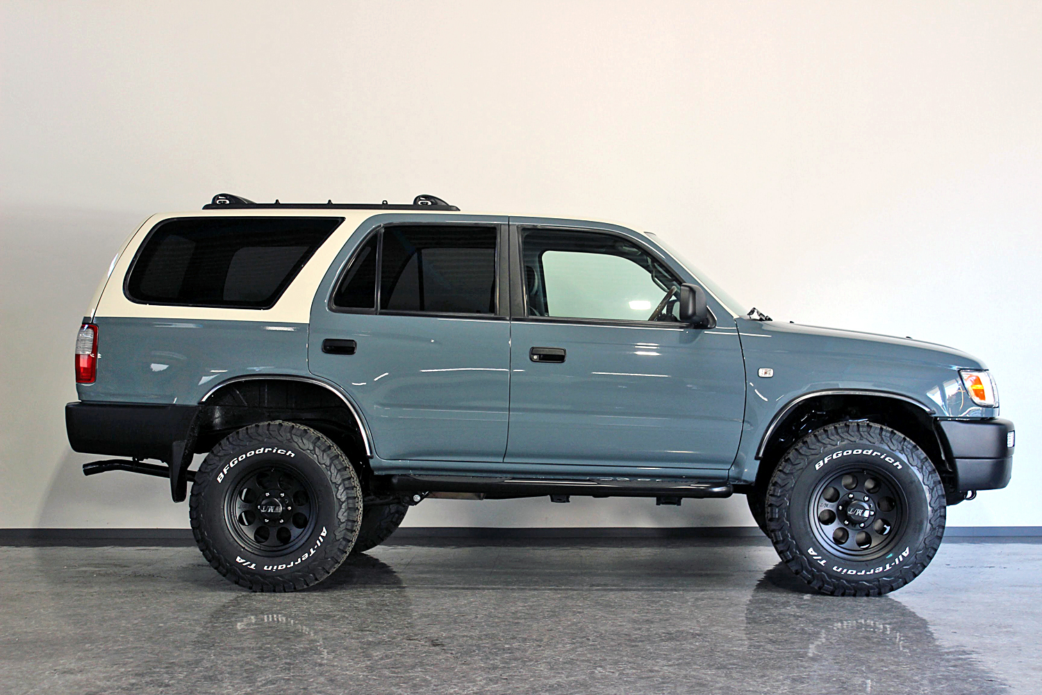 Hiluxsurf 4runner narrow by color custom09