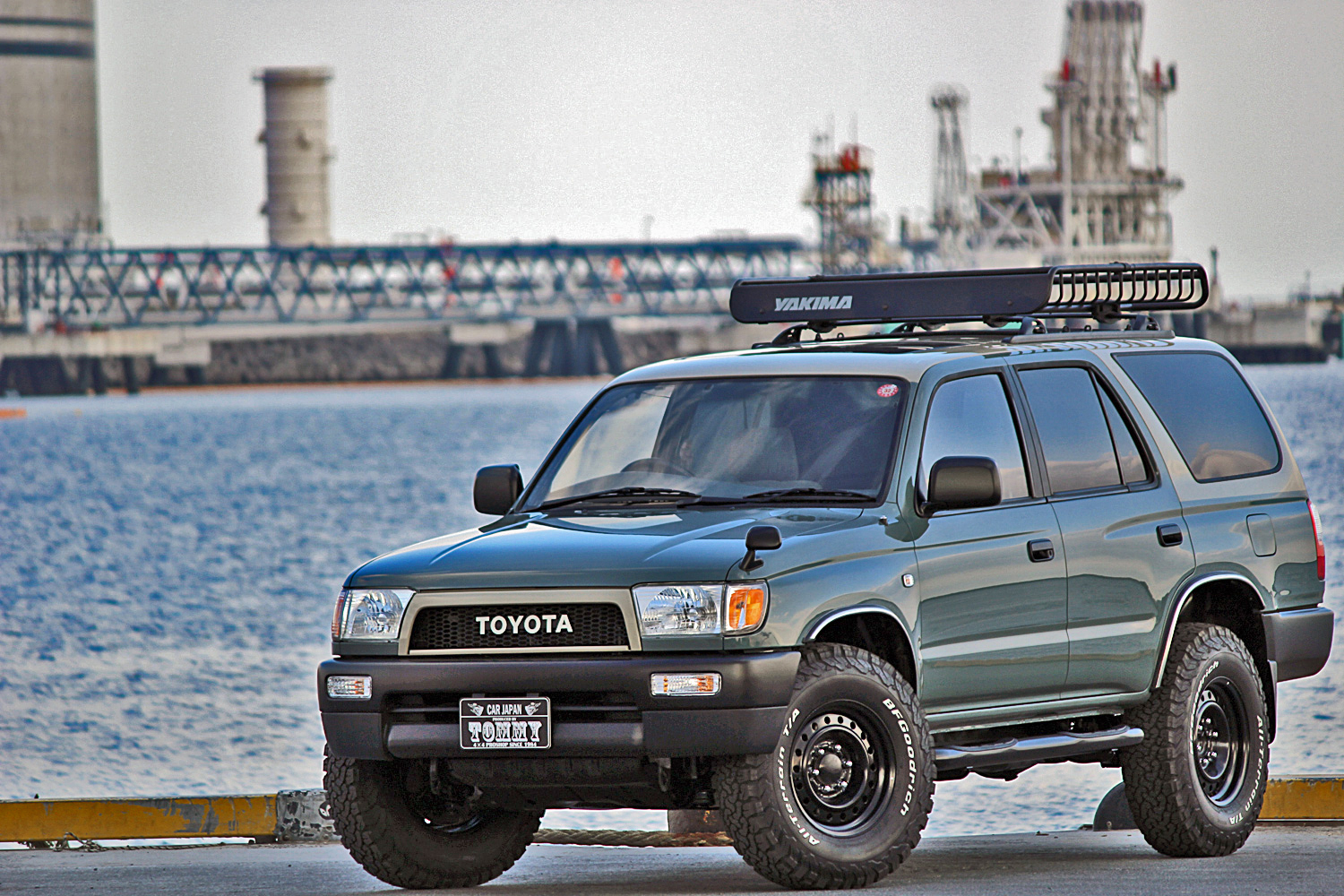 Hiluxsurf-4RUNNER-NARROWオプションパーツ05